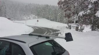 EW_TW_IT_Road-sensor_Marwis-in-italy_under-snow-conditions