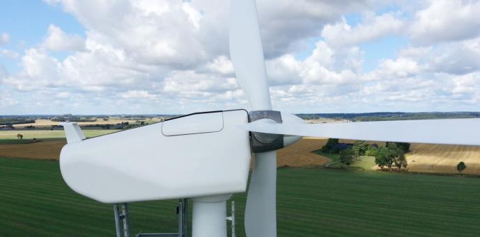 Wind Turbine Titel
