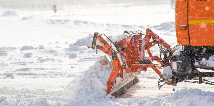 header-snow-plow-at-work-marwis-mobile-road-sensor-lufft_2