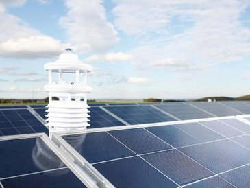 Smart Solar Monitoring / PV Monitoring with Smart Weather Sensors